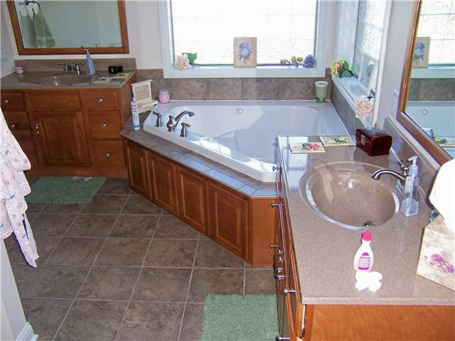 Cultured granite countertops with integral sinks