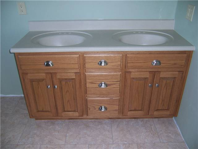 Cultured granite countertop with integral sinks