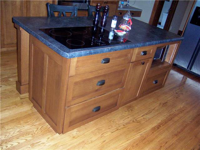 Cabinet style - full overlay / Door & drawer front style - flat panel