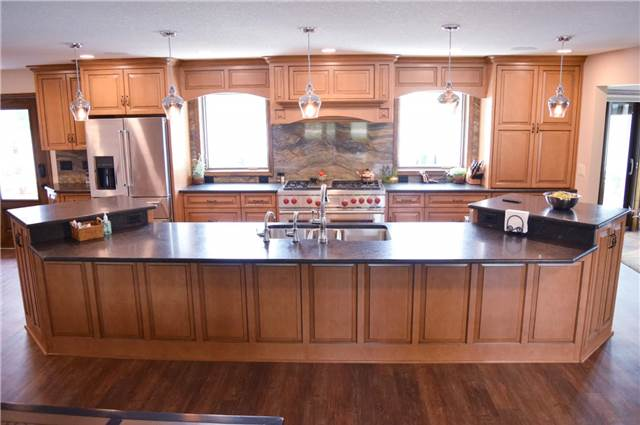 Maple - stained and glazed - granite countertops