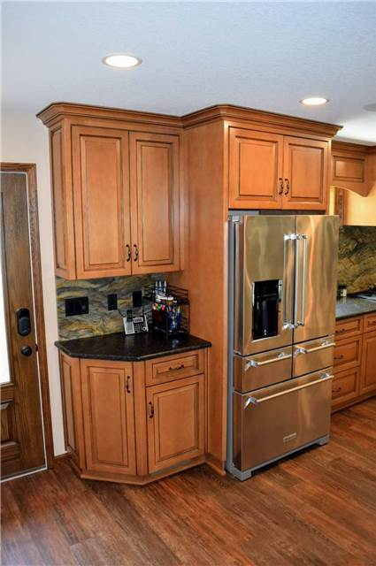Stained & glazed maple cabinets