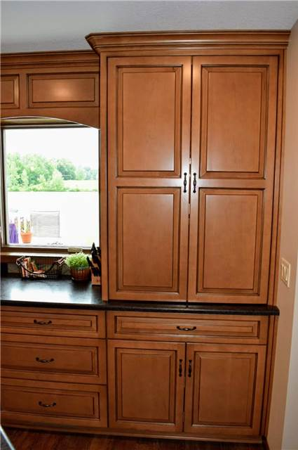 Coffee/microwave cabinets - pocket doors closed