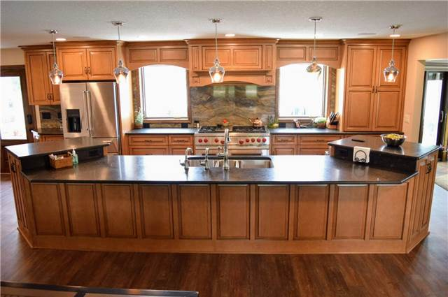 Stained & Glazed maple cabinets - Granite countertops