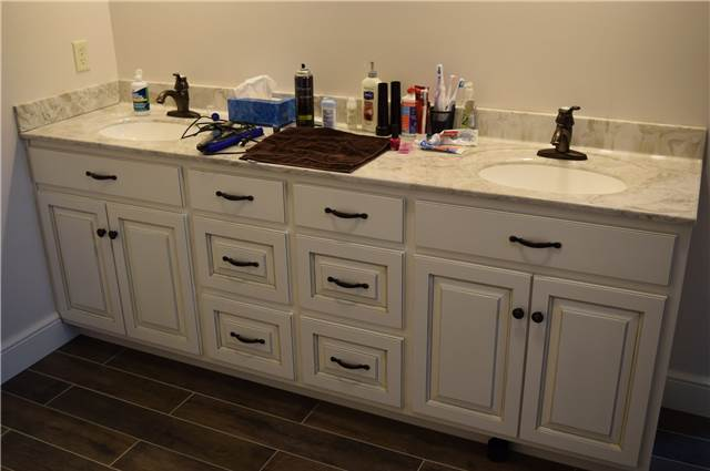 Painted and glazed cabinet - Cultured marble countertop with solid color sinks