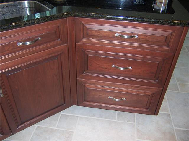 Cabinet Style   Full Overlay / Door U0026 Drawer Front Style   Raised Panel,  Miter