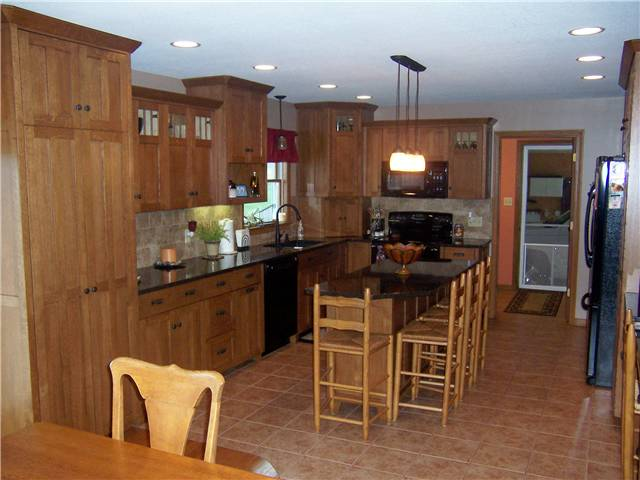 What Are Slab Doors? - Discount Kitchen Cabinets, Bathroom