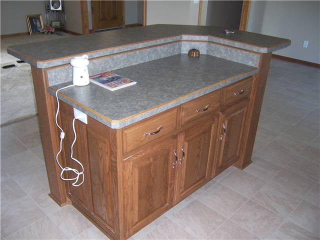 Bevel edge laminate countertops with a raised bar