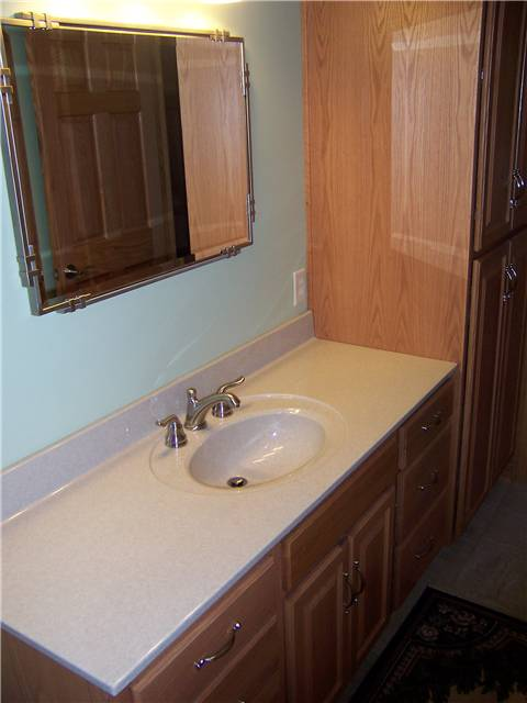 Cultured granite countertop with an integral sink