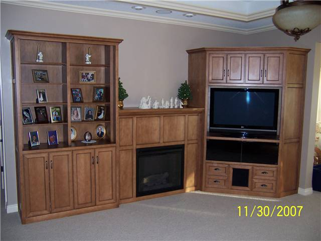 Entertainment center/Bookshelves/Fireplace enclosure/Storage - Maple stained & glazed